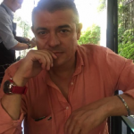 Dr. Carlos Javier Flores Aguirre